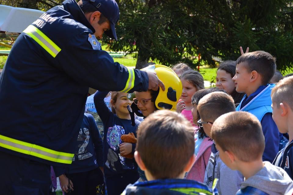 Gostovanje vatrogasaca u vrtiću